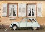 Old 2cv car