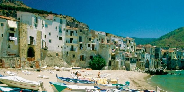 coast town in Sicily
